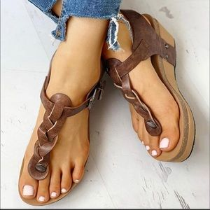 NWT Jolimall brown braided wedge sandals